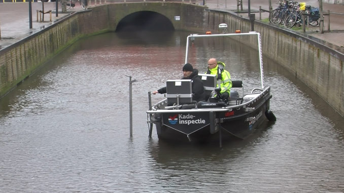Inspectie Leeuwarder kades met hightech apparatuur